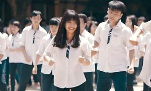 Hà Lade, Mẫn Tiên sôi động nhảy 'Happy' cùng teens Trần Phú