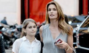 Con gái Cindy Crawford hưởng trọn vẻ đẹp của mẹ