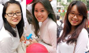 Nữ sinh Việt Đức xinh tươi trong ngày bế giảng