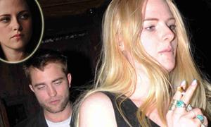 Kristen Stewart khó chịu khi Robert hẹn hò bạn thân