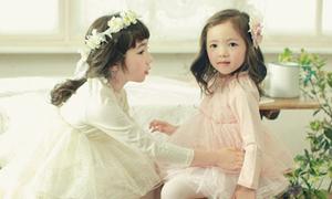 Vẻ đẹp lai hoàn hảo của cặp thiên thần nhí xứ Hàn