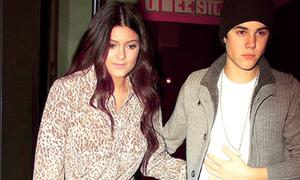 Em gái Kim Kardashian bị cấm gặp Justin Bieber