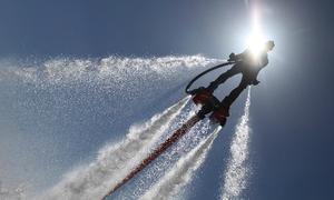 Video về trò bay lượn 'siêu năng lực' fly-board
