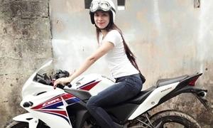 Thiếu nữ xinh xắn chi hàng trăm triệu chơi mô tô khủng
