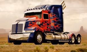 Video: Hậu trường đại tu dàn siêu xe biến hình 'Transformers'