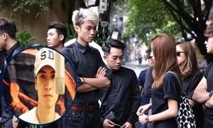 Dàn hot teens ngậm ngùi đến thăm viếng Toàn Shinoda