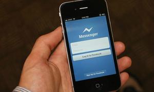 Từ hôm nay, phải cài Messenger mới được chat Facebook