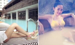 Facebook sao 9/8: Mai Phương Thúy khoe chân siêu dài, Bảo Anh gợi cảm đi tắm bùn