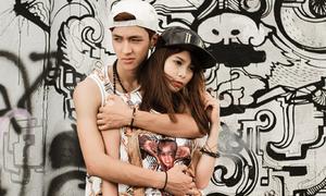 Hot boy Bình An vòng tay ôm chặt cô bạn hơn tuổi