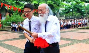 PGS Văn Như Cương mong học trò luôn yêu Trường Sa, Hoàng Sa