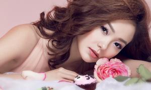 Minh Hằng làm công chúa hoa hồng xinh ngây ngất