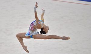 Vẻ đẹp hoàn hảo của nữ thần thể dục dụng cụ Hàn Quốc