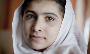 Vẻ đẹp dịu dàng của nữ sinh giành giải Nobel Hòa bình