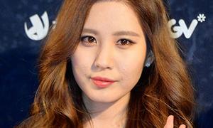 Seo Hyun lộ mặt mụn, Tae Yeon ăn gian chiều cao
