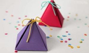 Gấp hộp quà hình tam giác nhỏ xinh, lạ mắt