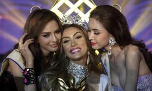 Người đẹp Venezuela gây tranh cãi khi lên ngôi Hoa hậu chuyển giới