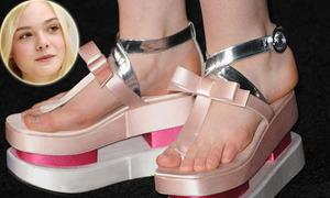 Những đôi giày khủng có 1-0-2 của sao
