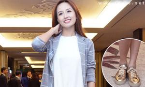 Hot or not: Mai Phương Thúy đi giày thể thao với váy xòe dự tiệc