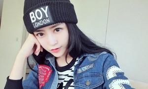 Cô gái bán hàng online có nhan sắc 'nữ thần'