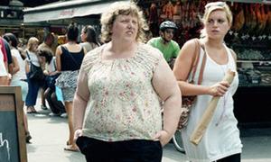 Bộ ảnh ánh mắt khiếm nhã khi thấy người béo