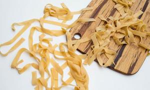 Tự làm mỳ pasta dễ ẹc tại nhà