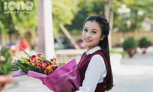 Theo chân 'Chị Ong Vàng' xinh tươi tặng hoa thầy cô giáo