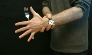 10 chiêu ảo thuật đơn giản ra oai với bạn