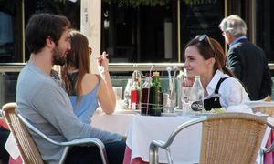 Emma Watson chia tay bạn trai sinh viên Oxford