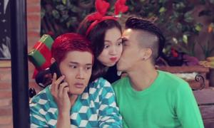 Đinh Hương ủng hộ tình yêu đồng tính qua MV Giáng sinh
