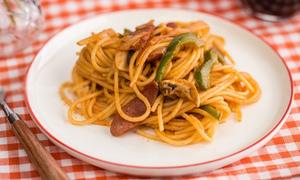 Món ngon cuối tuần: Chén mỳ spaghetti ketchup ngon đáo để