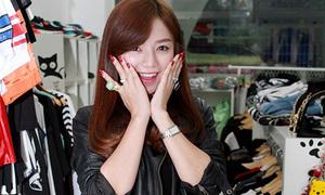 Đột nhập shop thời trang xì tin của hot girl Hạ Anh