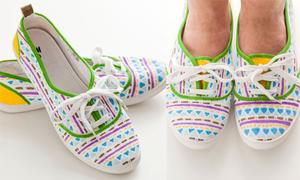 Ngày mới năng động với đôi giày vải họa tiết