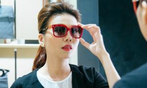 Thanh Hằng diện túi xách 100 triệu đồng dự tuần thời trang New York
