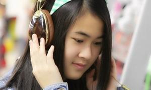 Cẩm Y - cô nàng 18 tuổi thành thạo 2 thứ tiếng Anh - Hàn