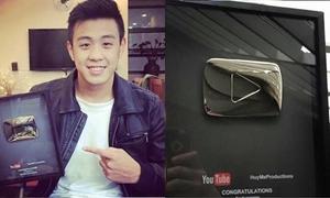 HuyMe hớn hở khoe nút play bạc từ YouTube