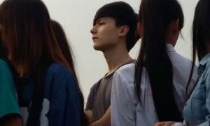 Hot nhất tuần: Truy tìm danh tính hot boy tại Music Bank