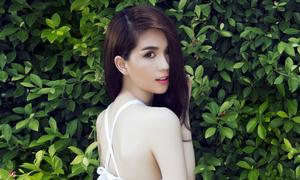Ngọc Trinh được giải 'Nữ hoàng bikini châu Á'