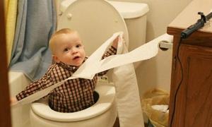 Những trò nghịch dại của trẻ con khiến bố mẹ tức điên