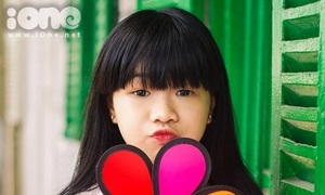 Minh Thư - 10x gốc Hoa học giỏi mơ làm mẫu ảnh