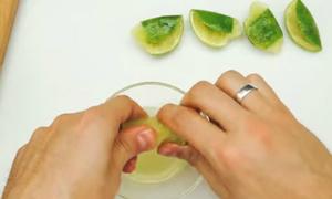 Tips: Vắt kiệt chanh không sót một giọt
