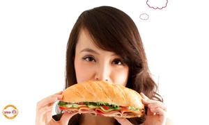 Học lỏm cách làm nhân bánh mỳ của Vua đầu bếp Minh Nhật