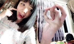 Thiếu nữ Hà Nội bất ngờ nổi tiếng với tài uốn lưỡi, khoèo tay