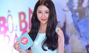 Tuyên bố chưa chia tay B Trần, Quỳnh Anh Shyn vẫn lẻ bóng xem phim