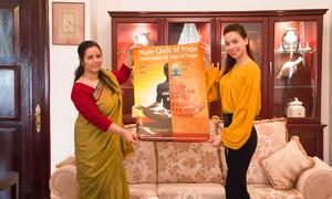 Hà Hồ được mời làm đại sứ Yoga