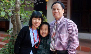 Đỗ Nhật Nam làm thơ xúc động tặng bố mẹ dịp lễ Vu Lan