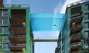Hồ bơi trong suốt trên cao dành cho hội nhà giàu