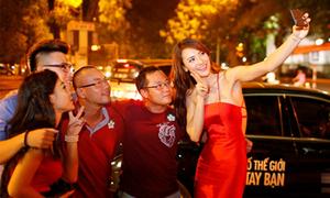 Hồng Quế, Mai Thỏ thành 'hướng dẫn viên du lịch'