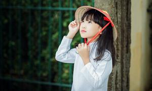 Bộ ảnh áo dài tinh khôi của cô bé Hà Nội đẹp như thiên thần