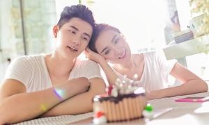 Kelly Nguyễn đón sinh nhật sớm bên trai lạ
