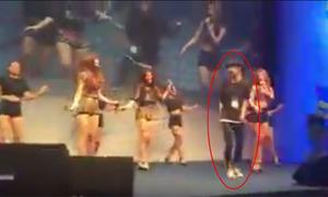 Fan nam xông thẳng lên sân khấu, nhảy cùng Girl's Day